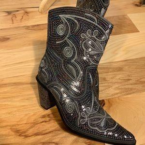 Helens heart embellished cowboy boots. Size 7